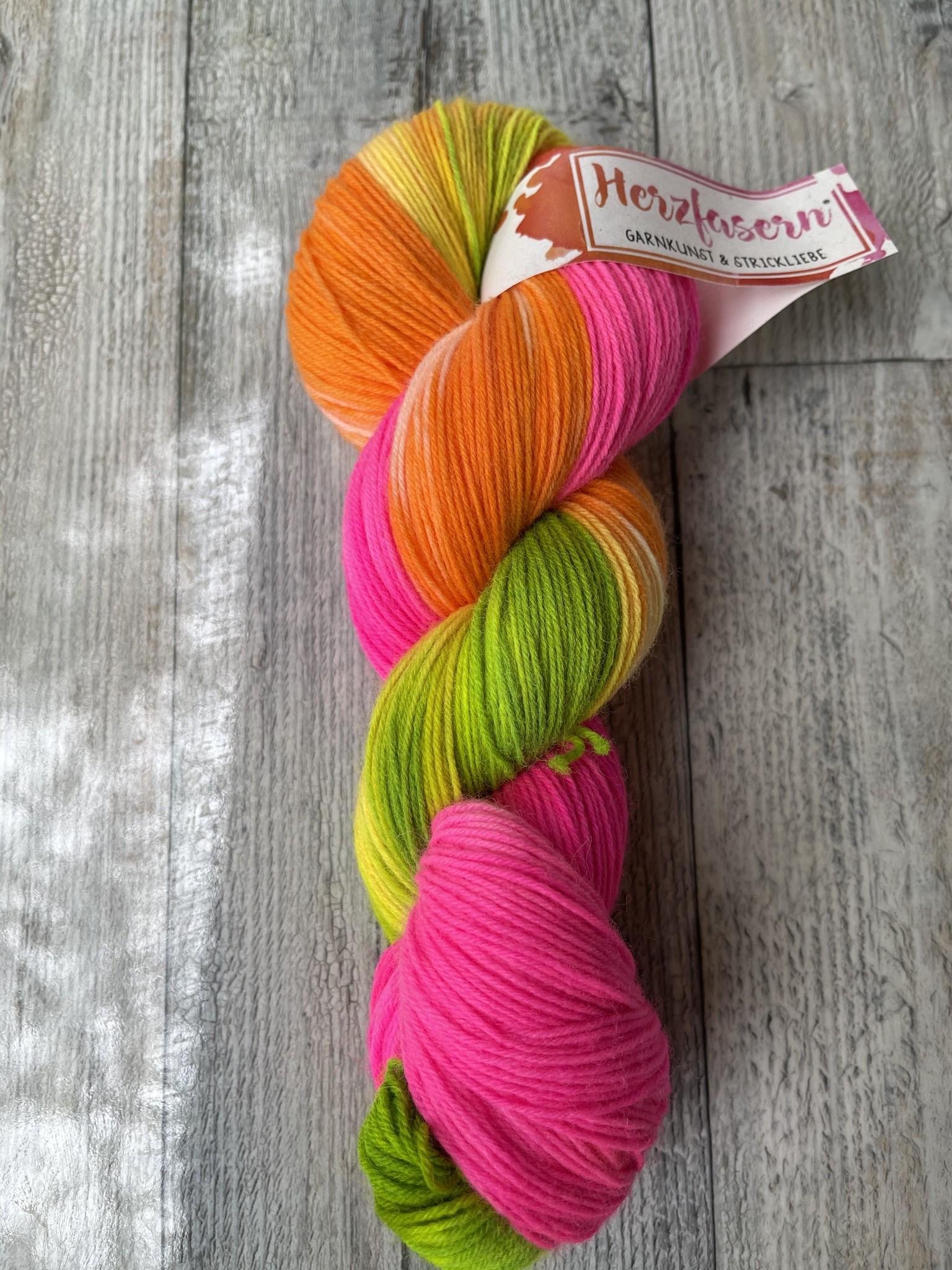 Herzfasern Herzfaser No 22 - Sockenwolle 4-fach  mit recyceltem Polyamid-muselingfrei  Color Tree