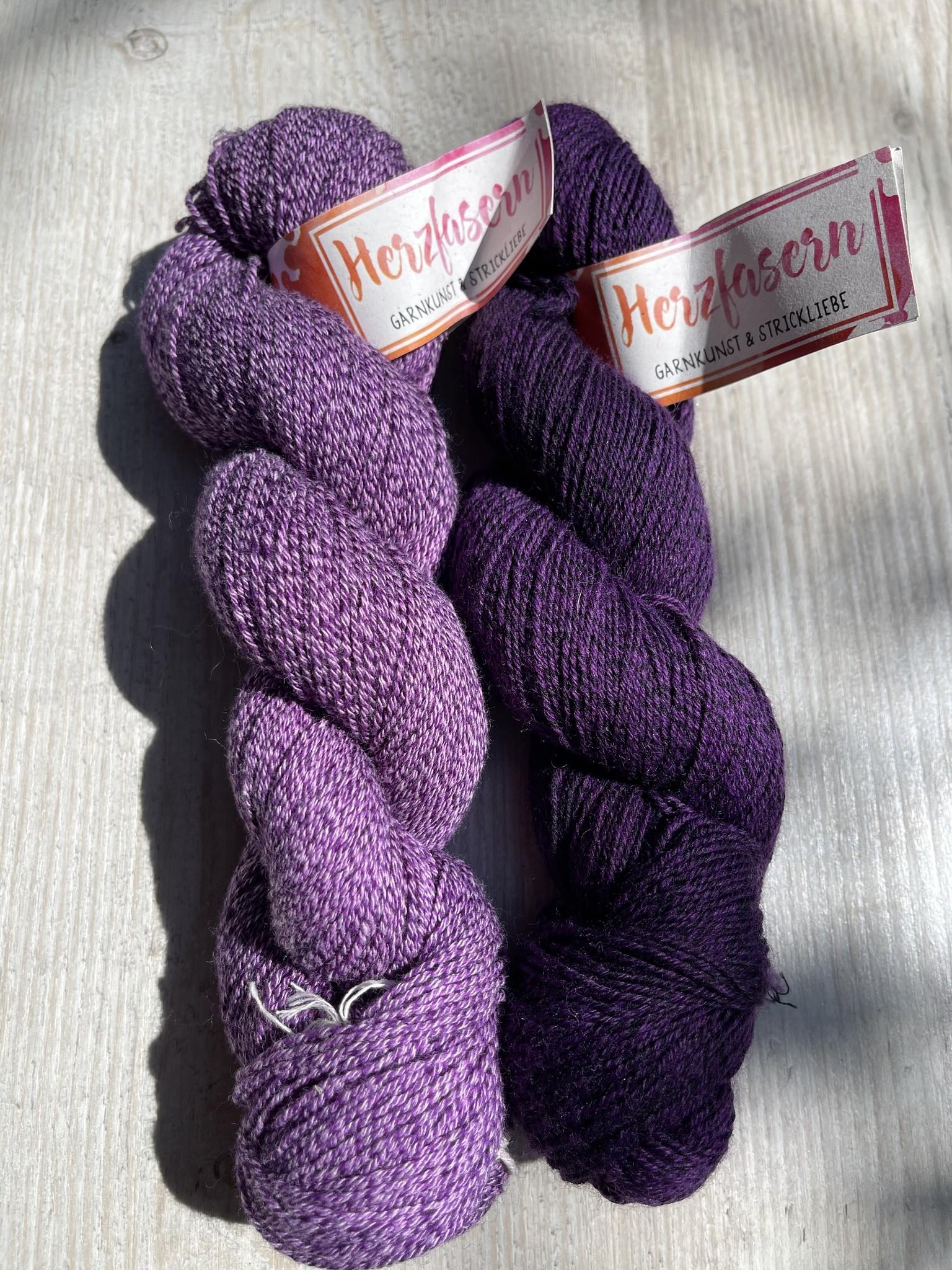 Sockenwolle mit Baumwollanteil -Traube