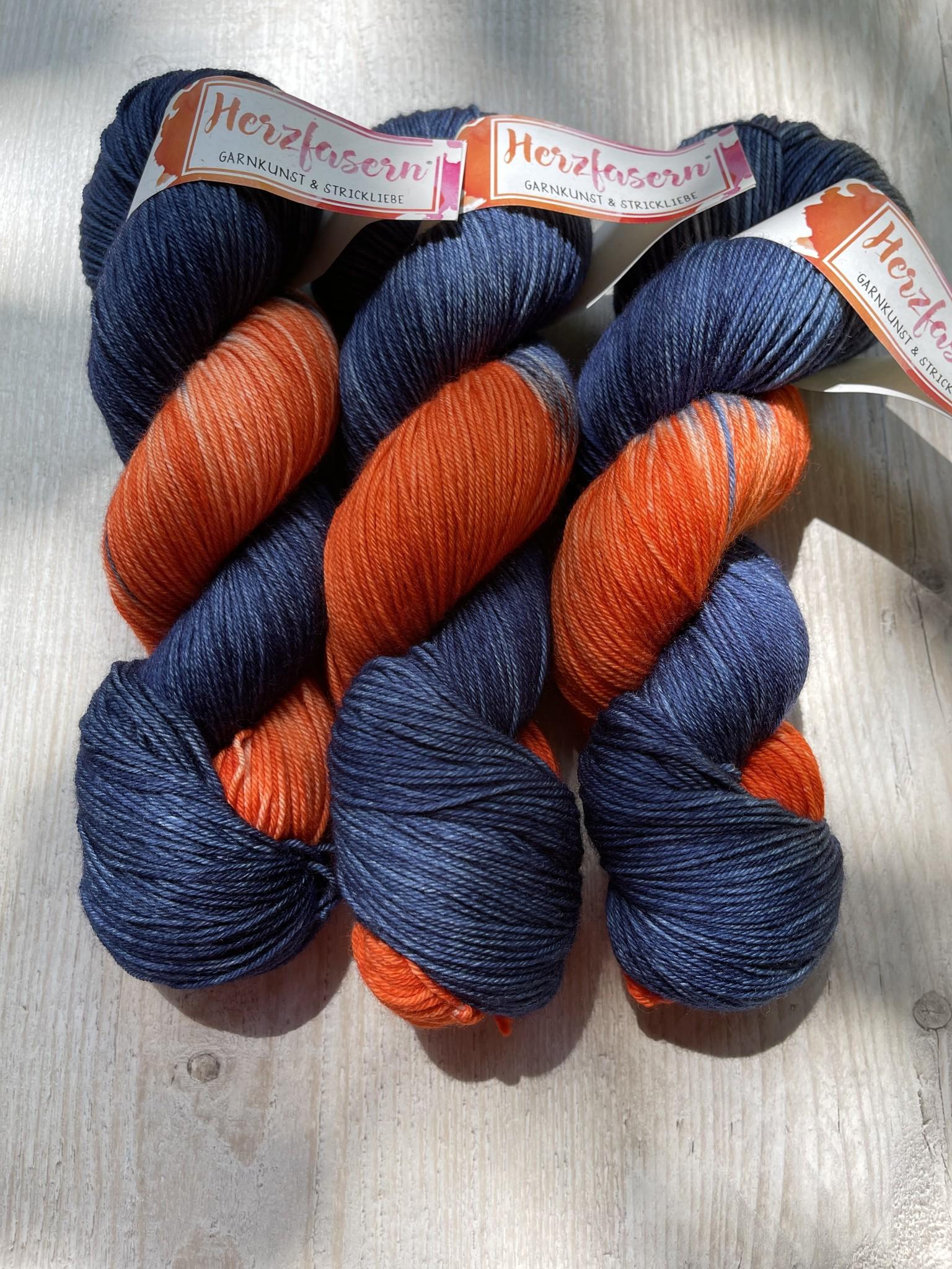 Herzfasern  Merino 400   Flowers Blau