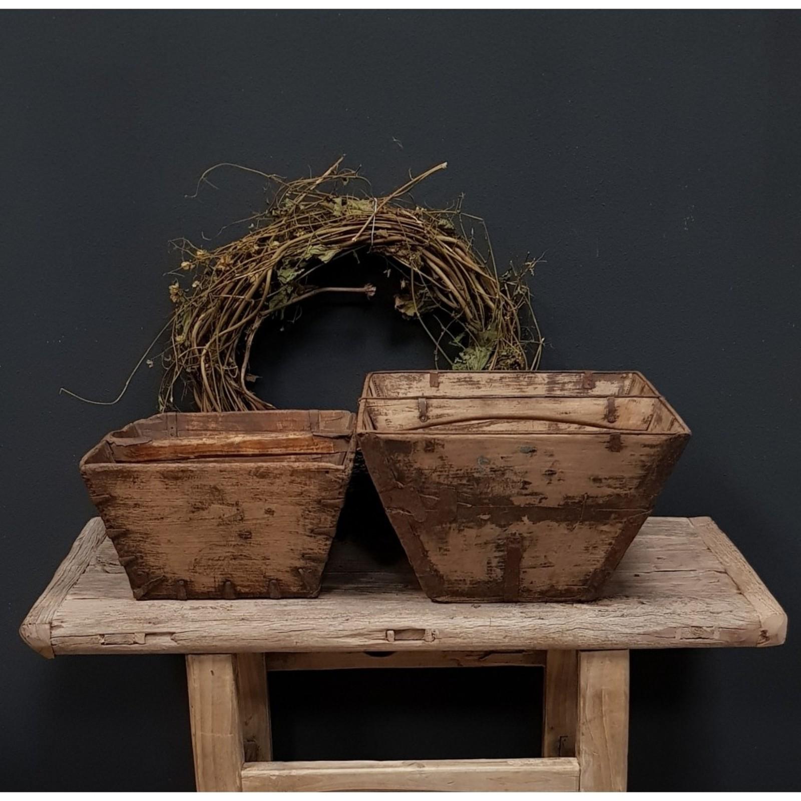 Luksa oude oosterse rijstbak