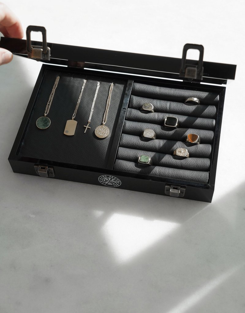 Northern Legacy vegvisir collector box
