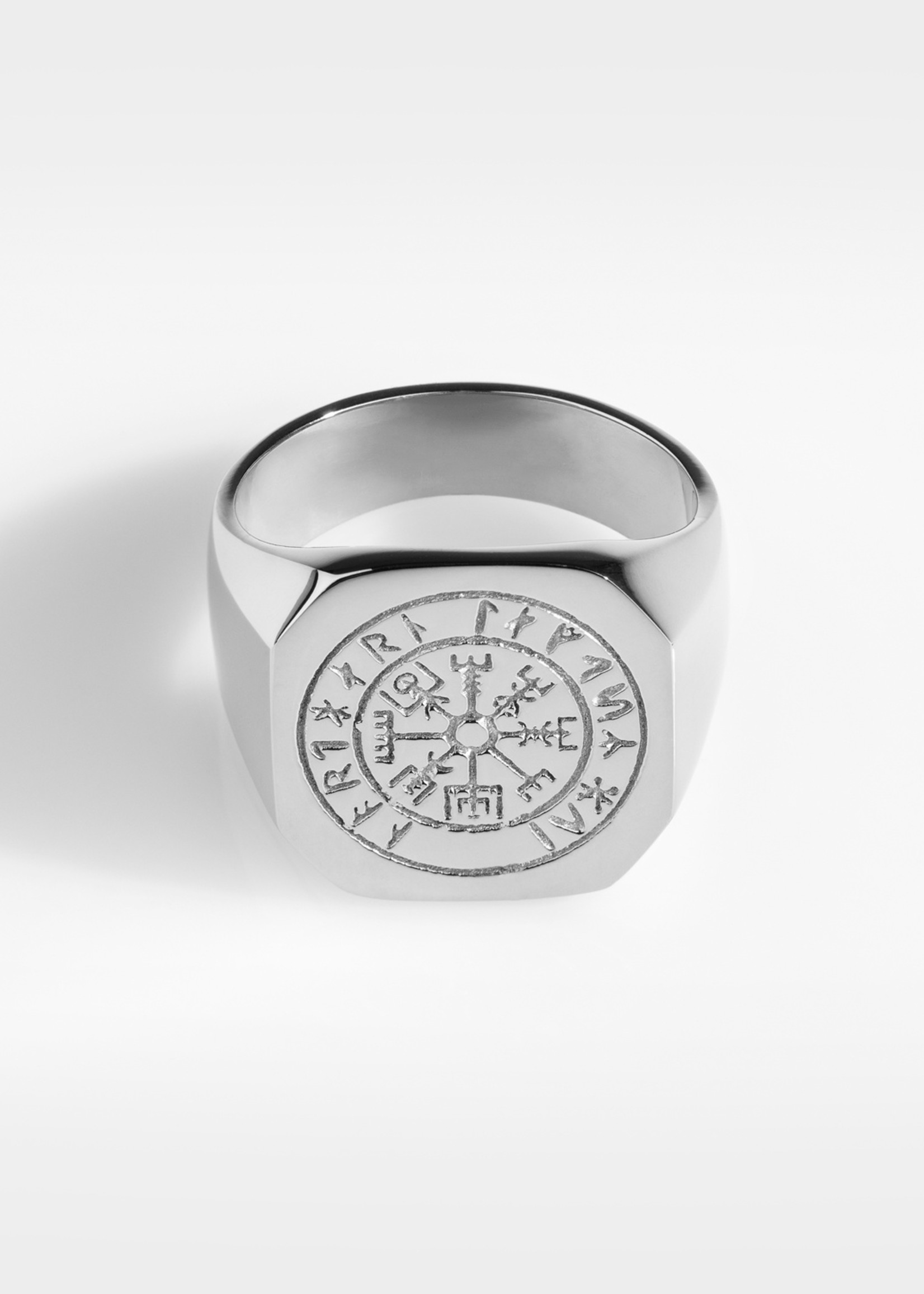 Northern Legacy vegvisir oversize signature- silver tone ring maat 21