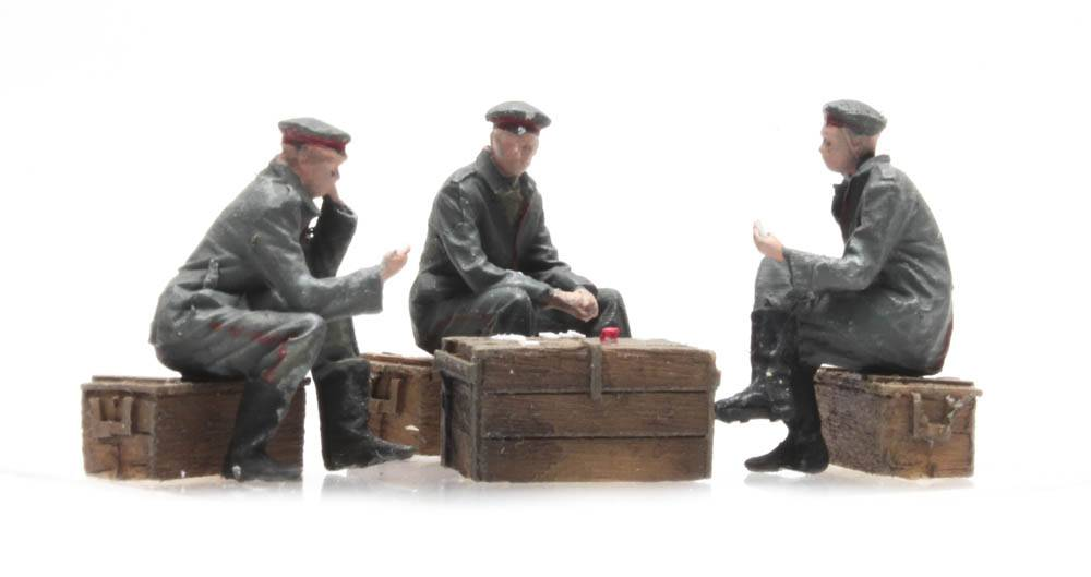 Card playing German soldiers