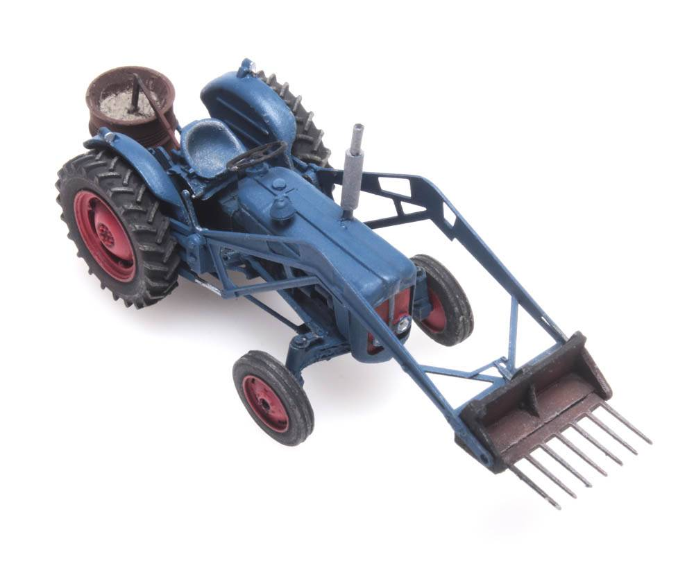 Artitec 387.347-1:87 lackiert Fertigmodell Fordson Traktor mit Heckstreuer