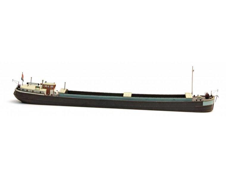 Europäisches Frachtschiff Spits