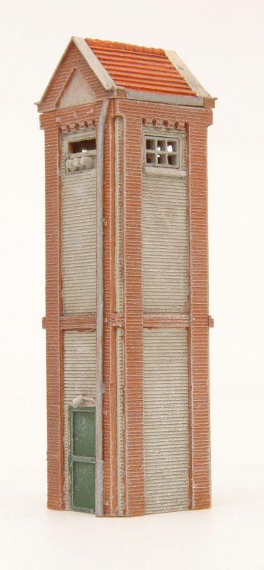 Trafohuisje, 1:160, bouwpakket uit resin, ongeverfd