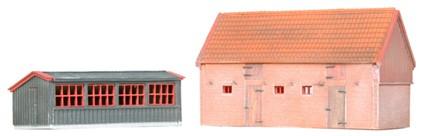 Kippenhok en varkensstal, 1:160, bouwpakket uit resin, ongeverfd