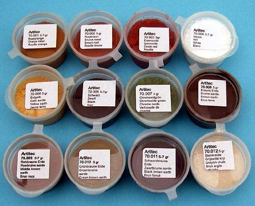 Set of 12 powders of various colors, weathering powder
