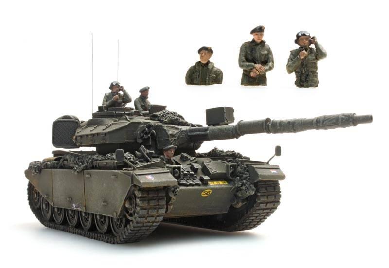Tank crew Dutch army, 3 figures