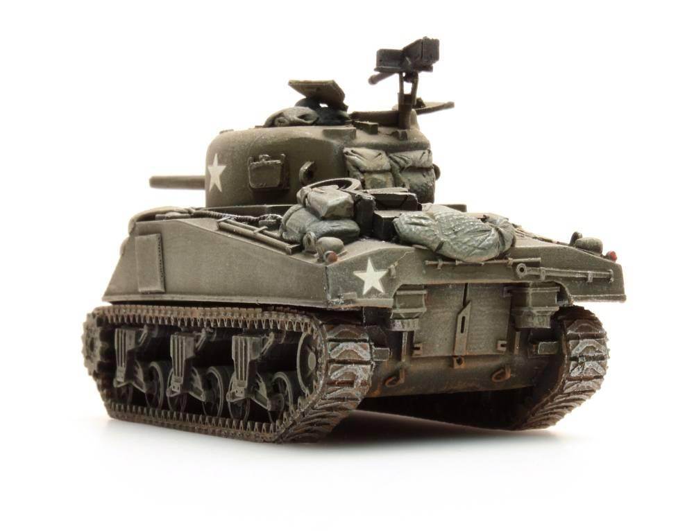Sherman M4 stowage 2, 1:87 resin ready made, painted - Artitecshop