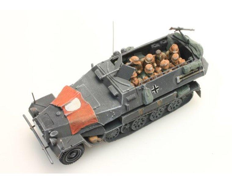 Bemanning Sd.Kfz 251/1B, Camo