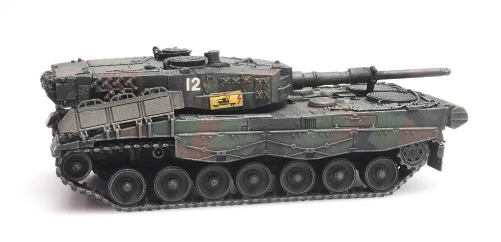 Pz87 Leopard 2A4 train load