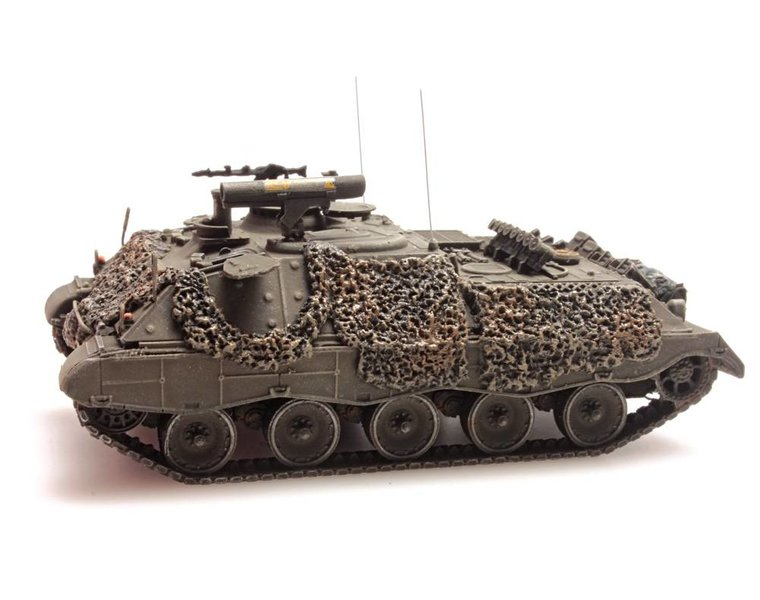 Jaguar 1 gelboliv gefechtsklar