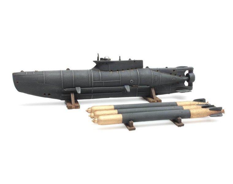 Small U-Boat Seehund + 3 Torpedos
