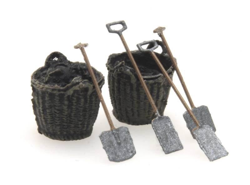 Coal baskets and tools
