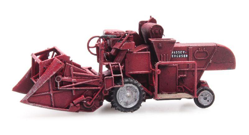 Mähdrescher MF 830