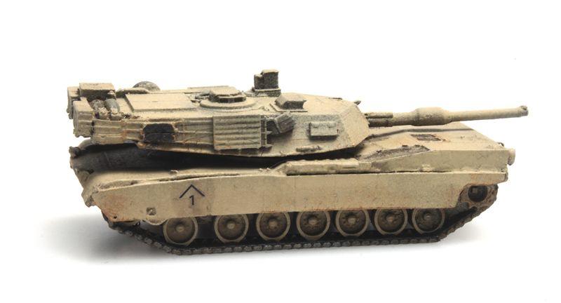 US Army M1A1 Abrams desert train load
