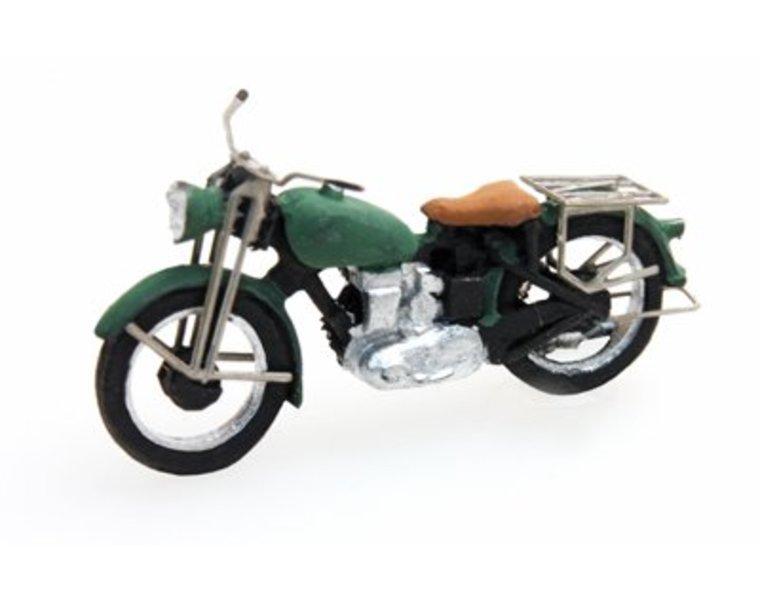 Motorrad Triumph zivil, grün