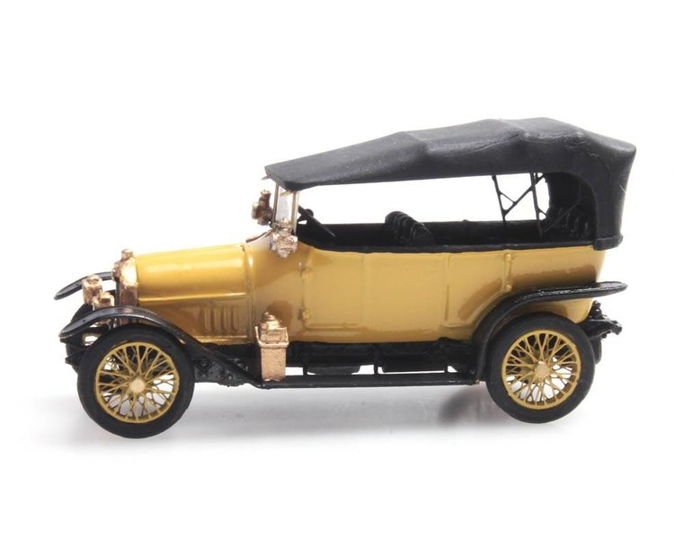 Audi 10/28 yellow