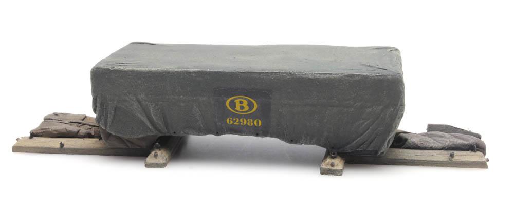 "Cargo: Shipping crate under tarpaulin ""NMBS"""