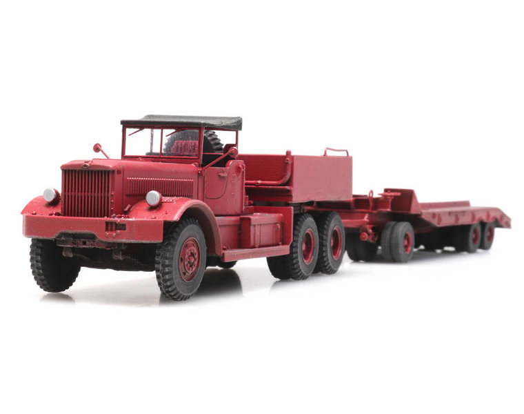 Diamond T met trailer