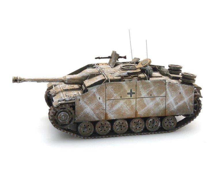 StuG III Ausf G Saukopf (1944) winter