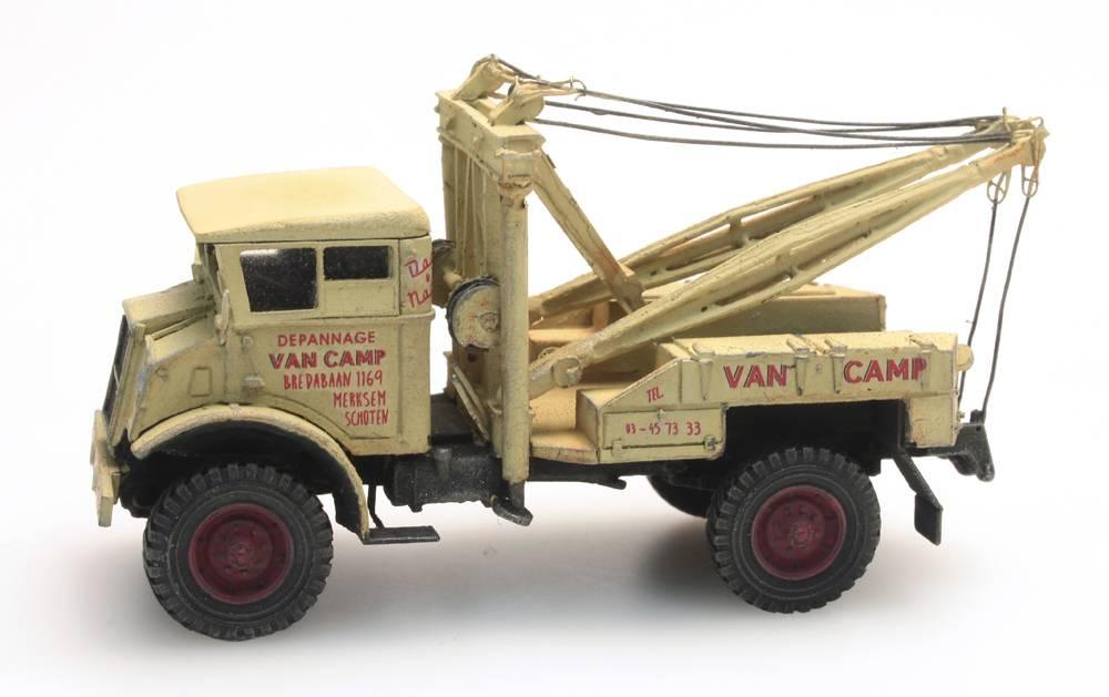 """Chevrolet 3T """"Van Camp"""" wrecker"""