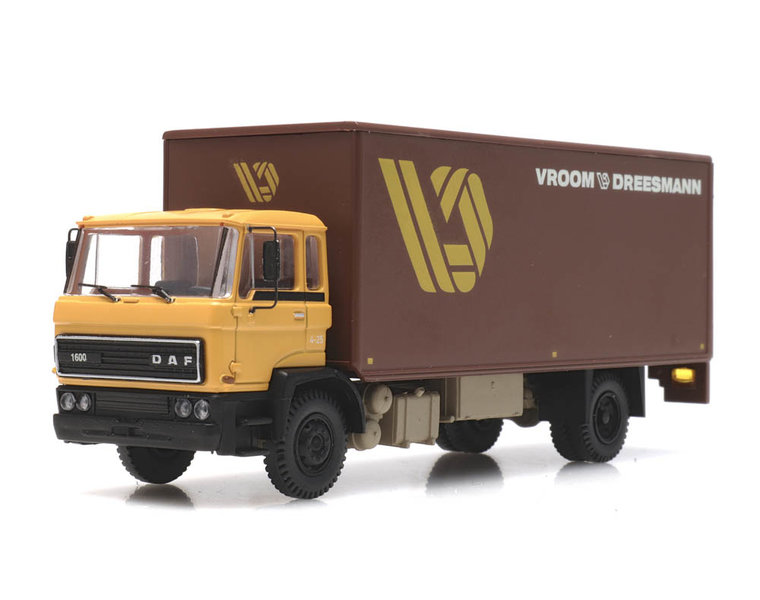 DAF tilt cab 1982, Vroom & Dreesmann