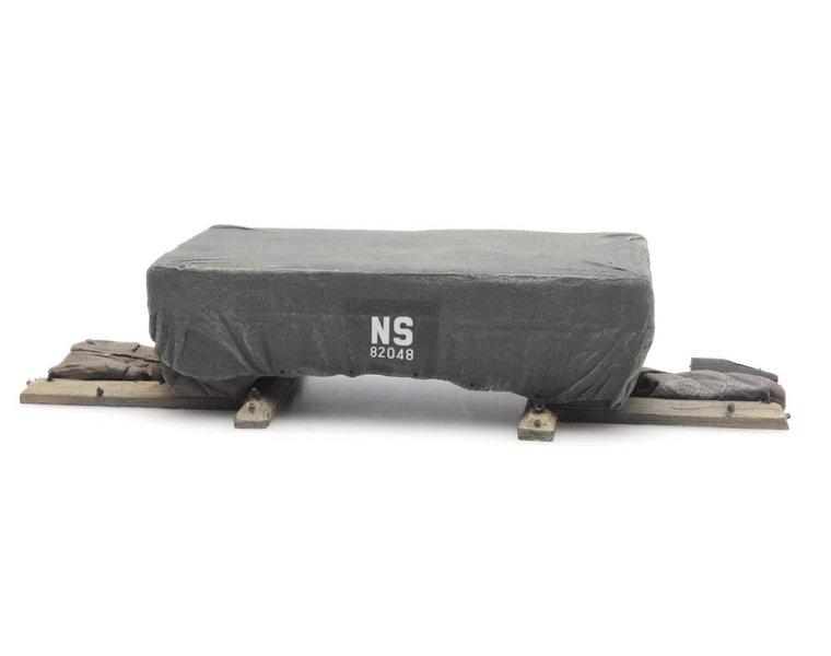 Lading: NS Transportkist met dekzeil