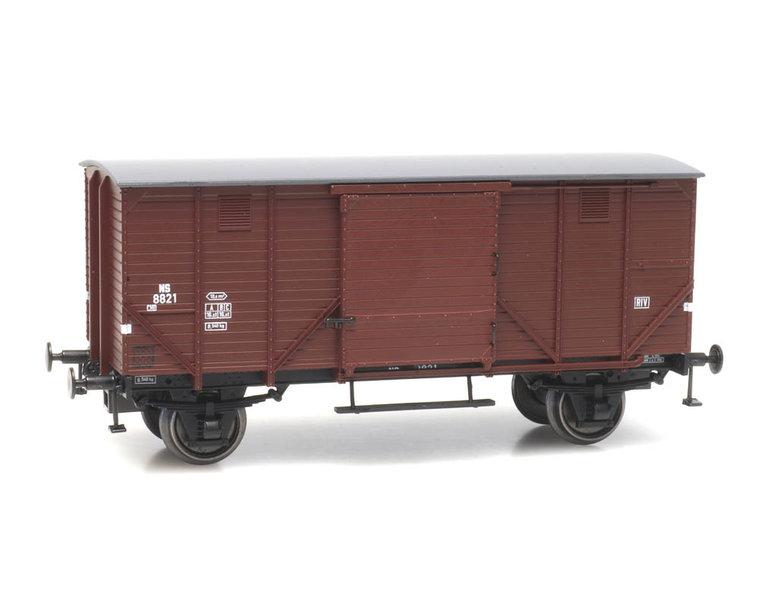 CHD 5m, onberemd, bruin, NS 8821
