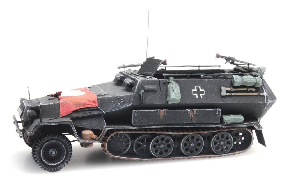 Sd.Kfz 251/1B met vlag