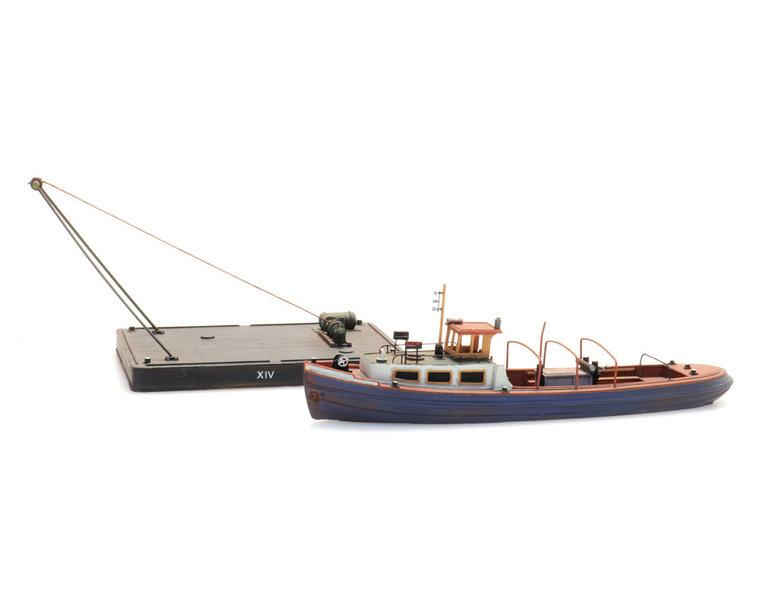 Barge and pontoon