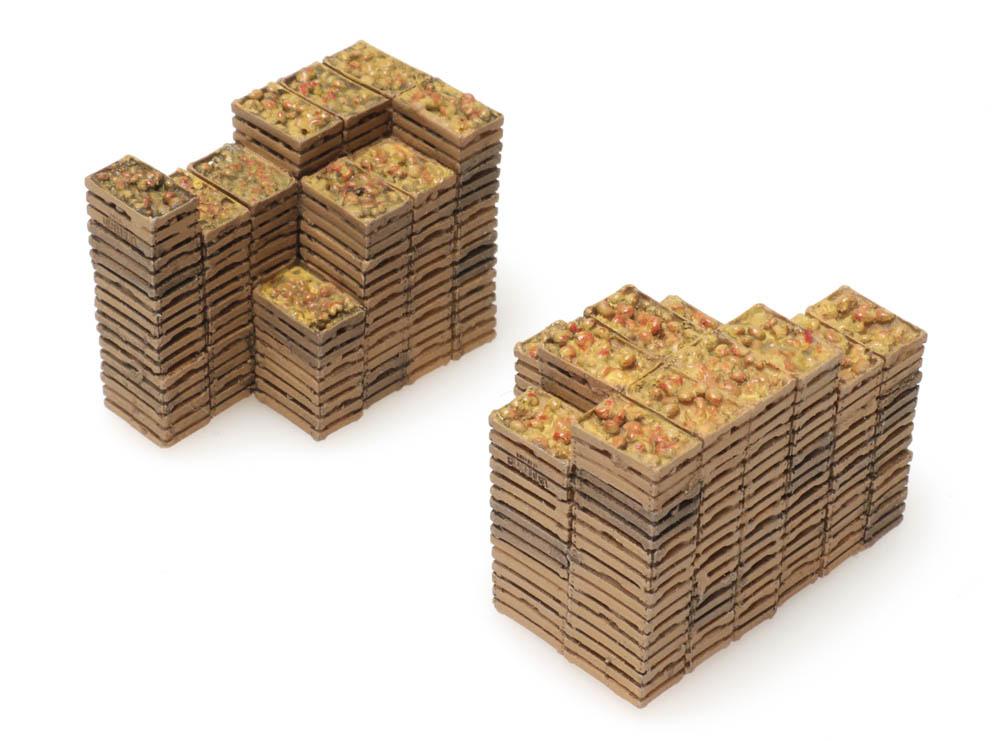 Cargo: fruit crates (25 x 13 mm + 25 x 20 mm)