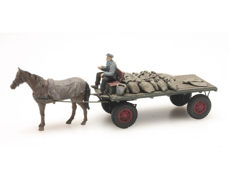 Kohlenwagen mit Pferd