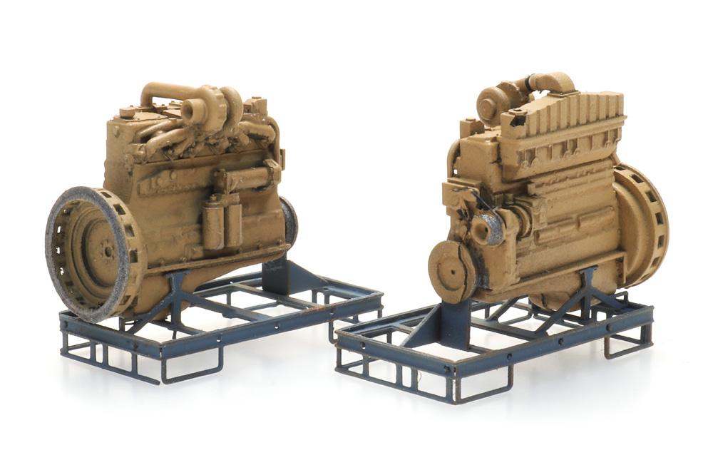 Industrie dieselmotor op transportpallet  (2x)