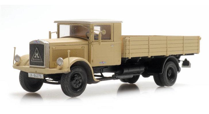 Vrachtwagens & bussen