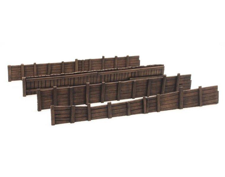 Kaimauer aus Holz