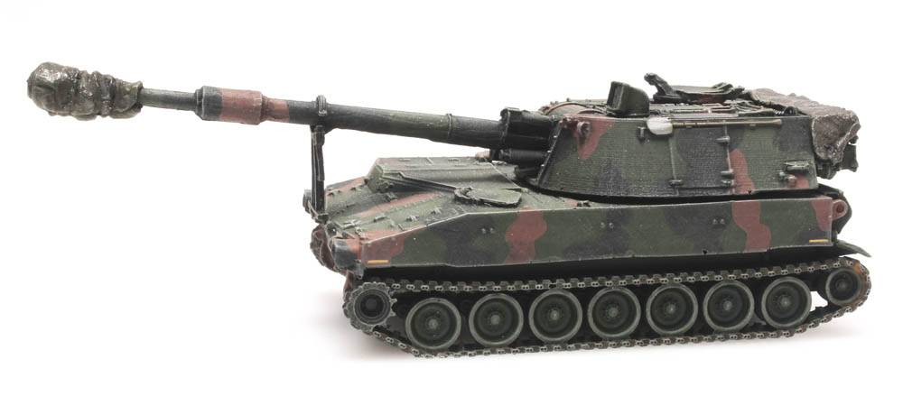 M109 A2 camo train load US Army