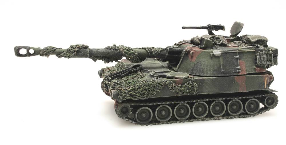 M109 A2 NATO camouflage combat ready