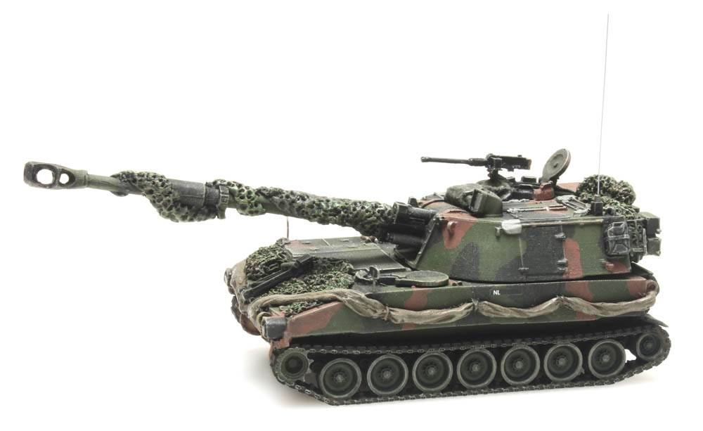 M109 A2 NATO camouflage combat ready