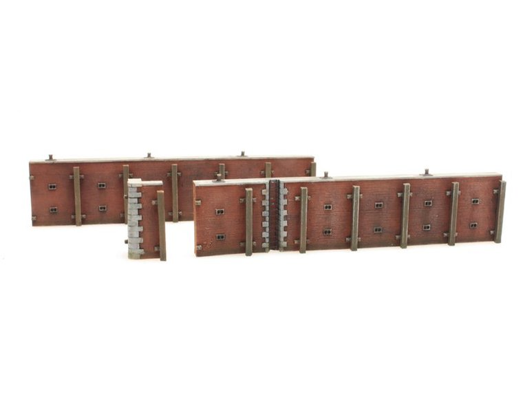 Quay wall brick