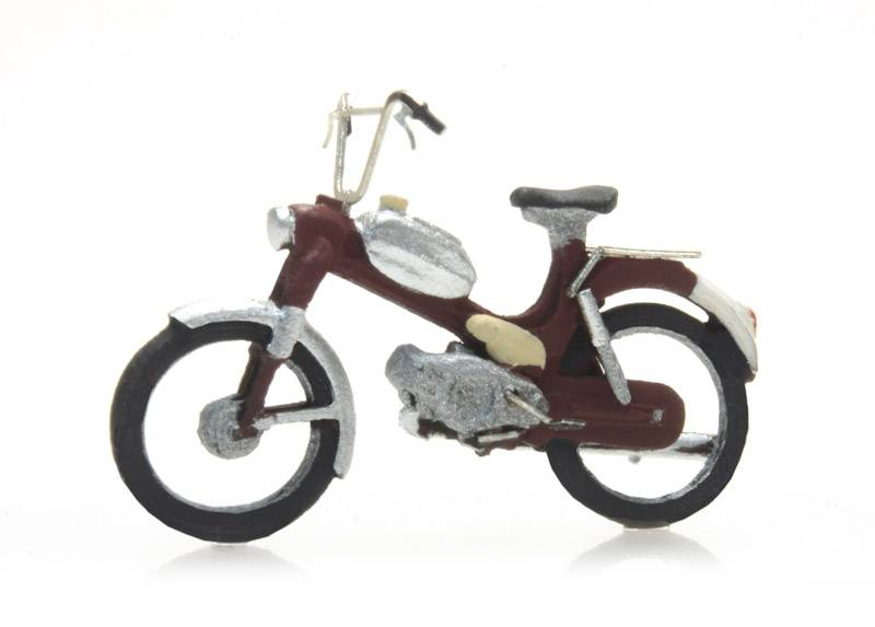 Puch red, ready-made