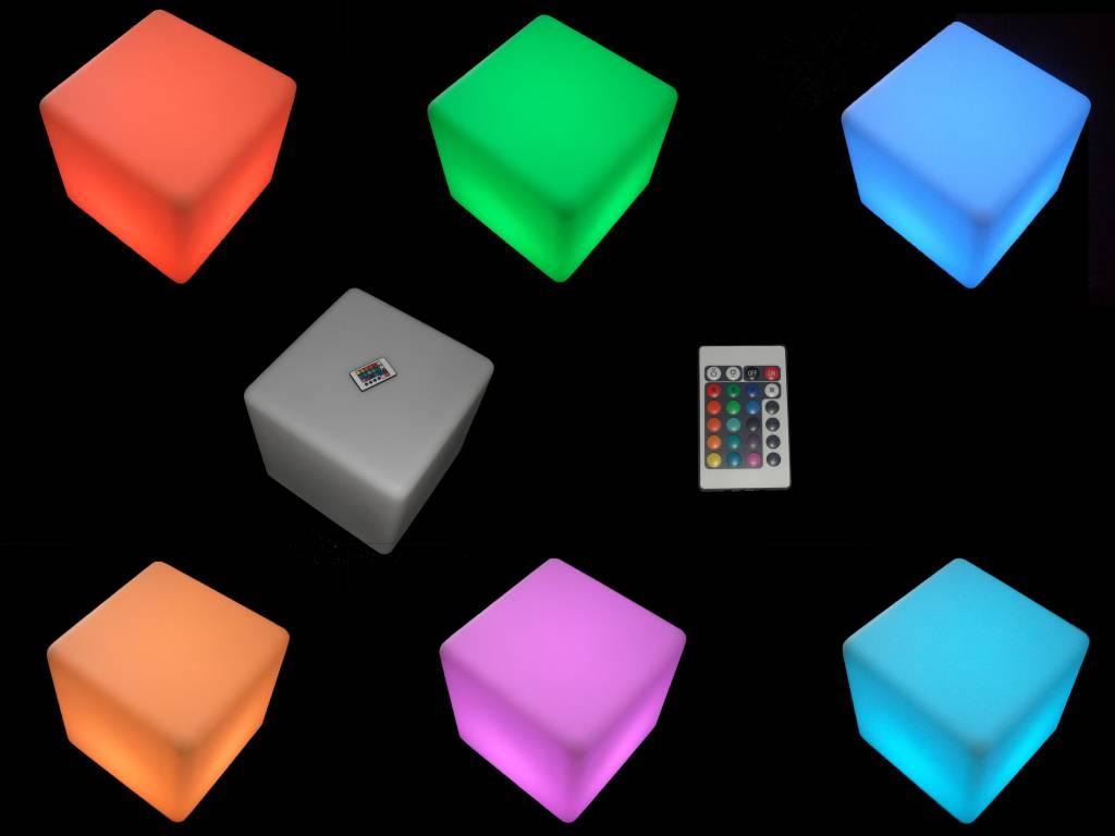Spiksplinternieuw LED Decoratie kubus met RGB Kleuren en Afstandsbediening JA-45