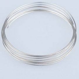 Metalen armband spiraal memory wire met 10 windingen ± 55mm (Ø ± 53-55mm), ± 0,8mm dik