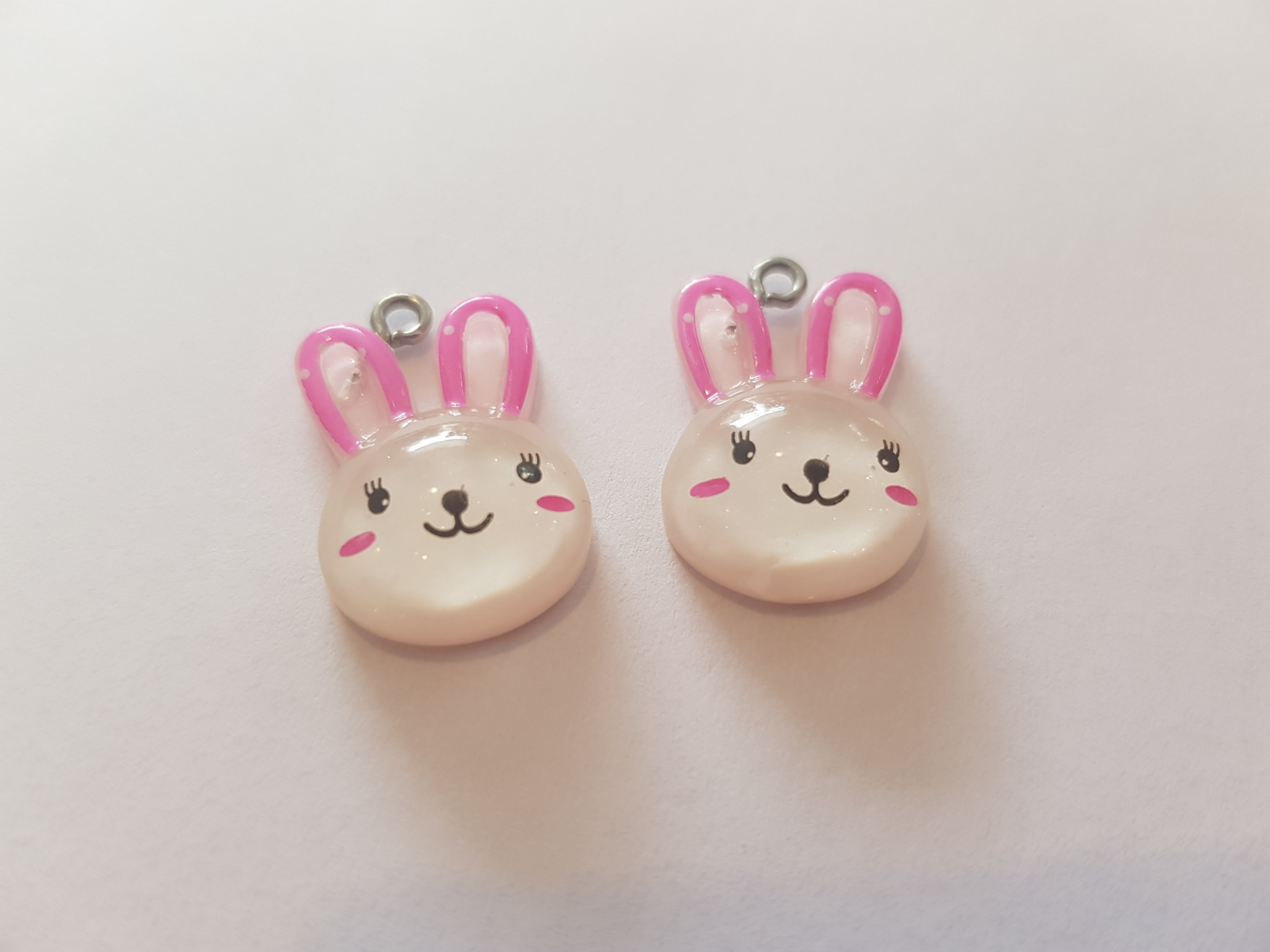 wit roze konijn hoofd bedel 2st