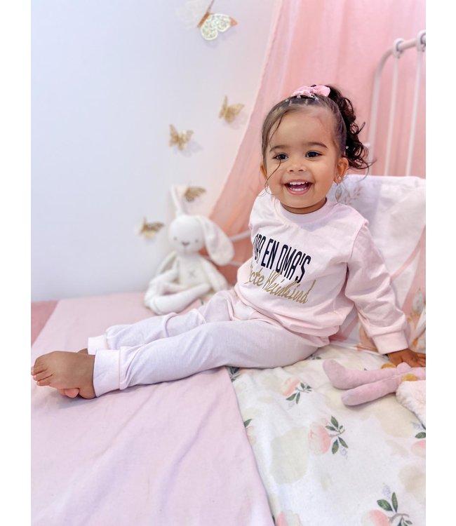 Pyjama Opa en Oma's perfecte kleinkind [KLEURKEUZE]