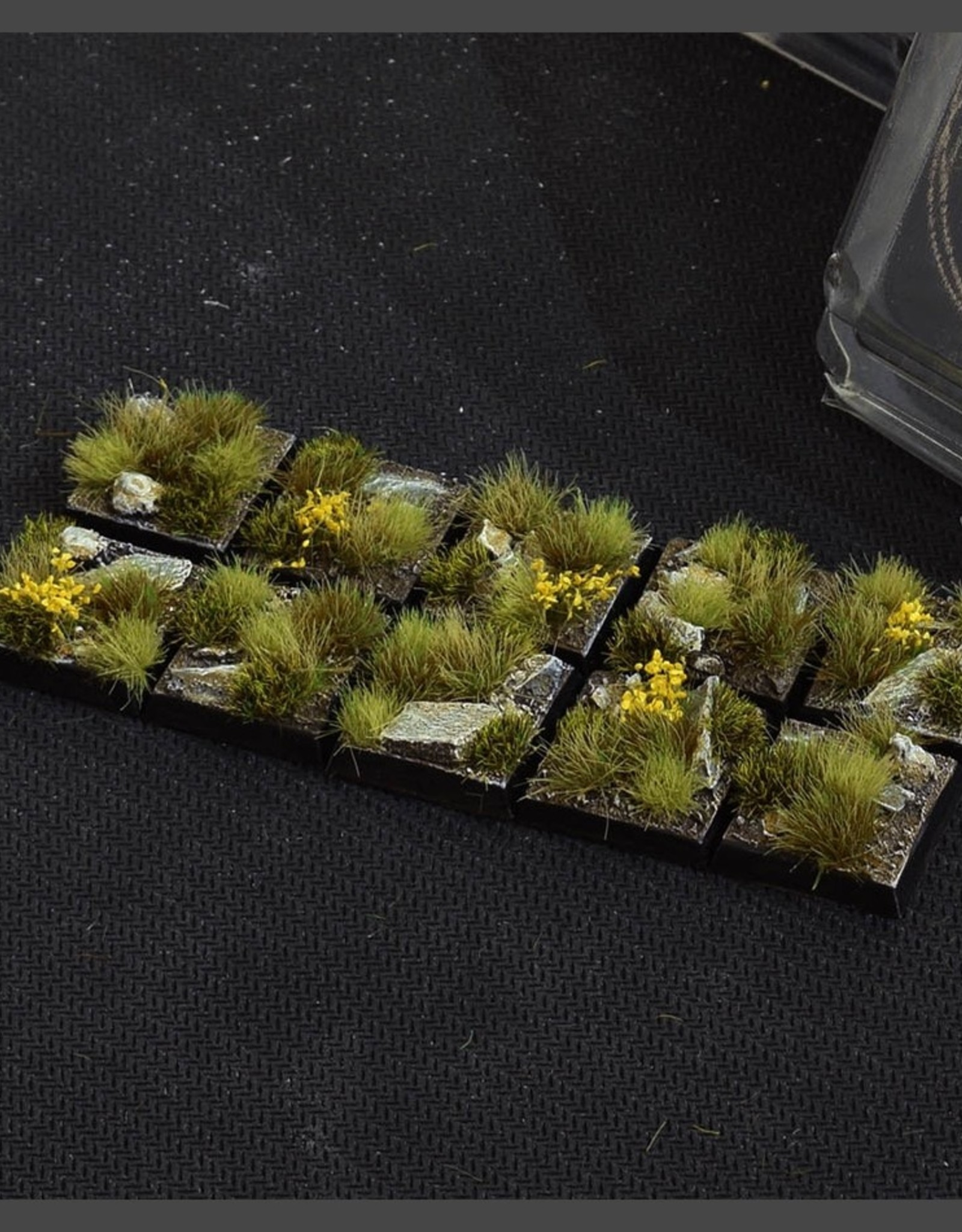 Gamers Grass Highland Bases Pre-Painted (10x 20mm Square)
