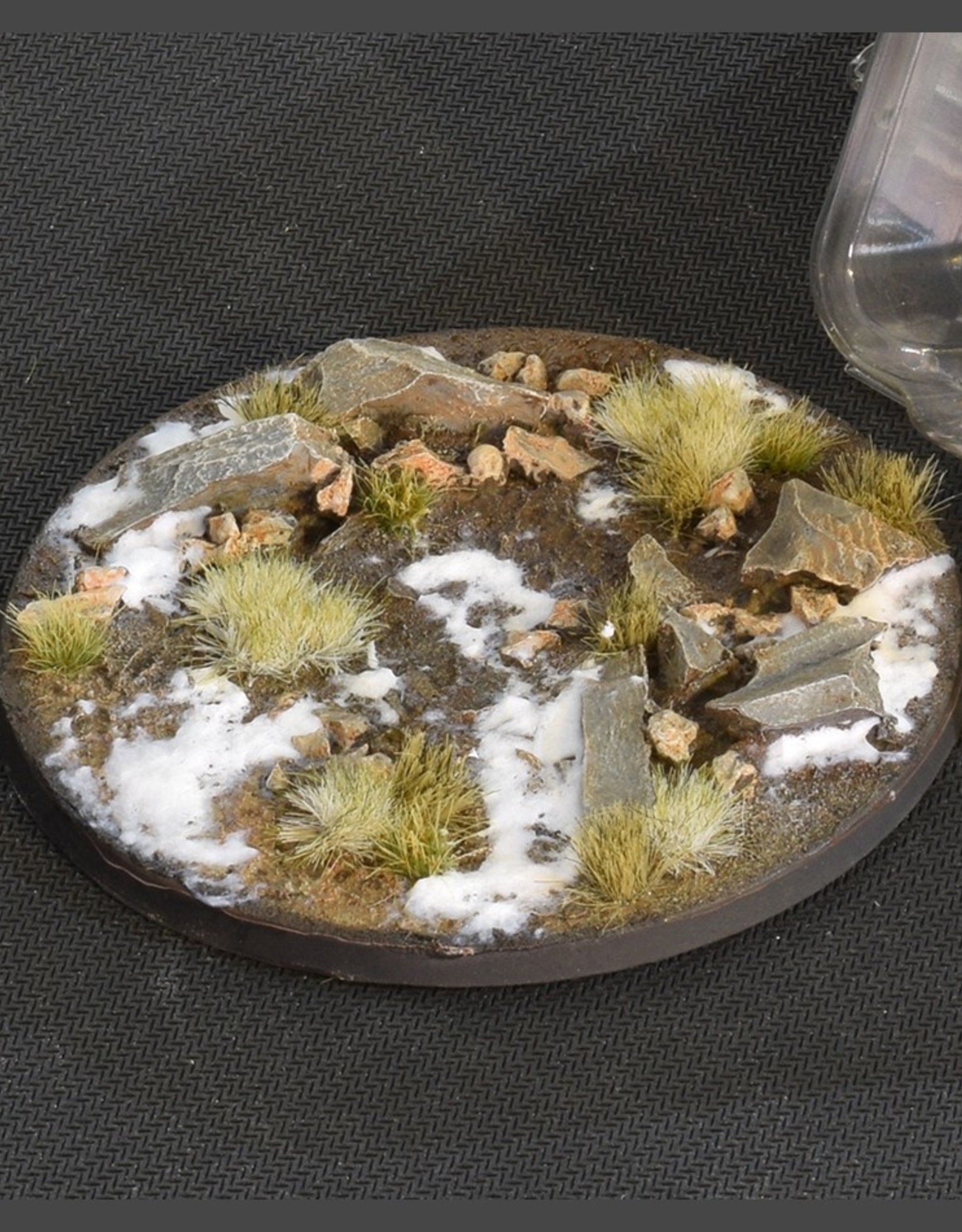 Gamers Grass Winter Bases Pre-Painted (1x 100mm Round)