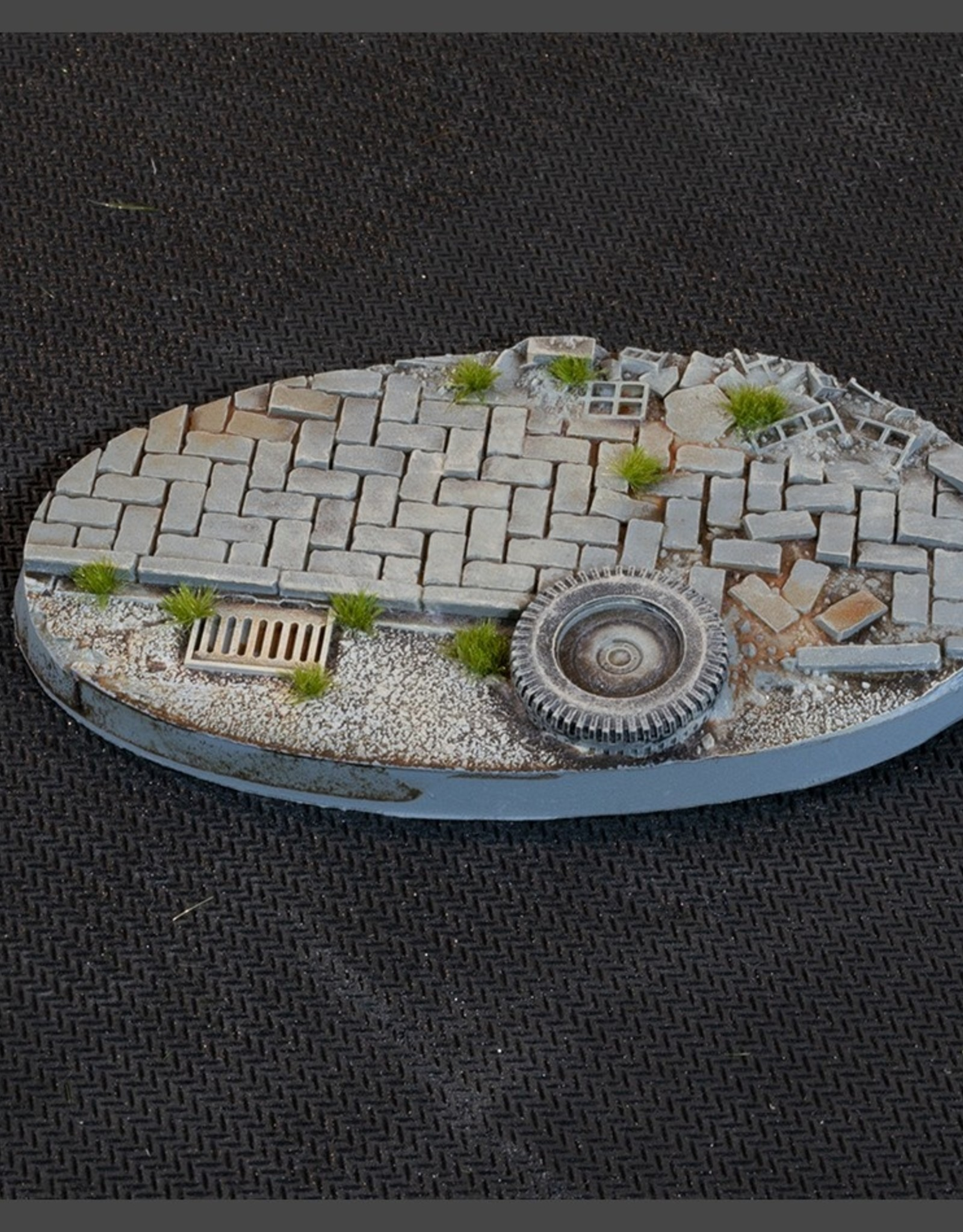 Gamers Grass Urban Warfare Bases Pre-Painted (2x 90mm Oval )