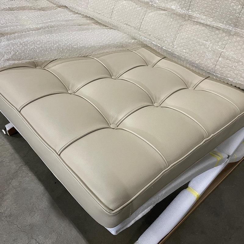 Barcelona chair Premium 2 seat vintage greige